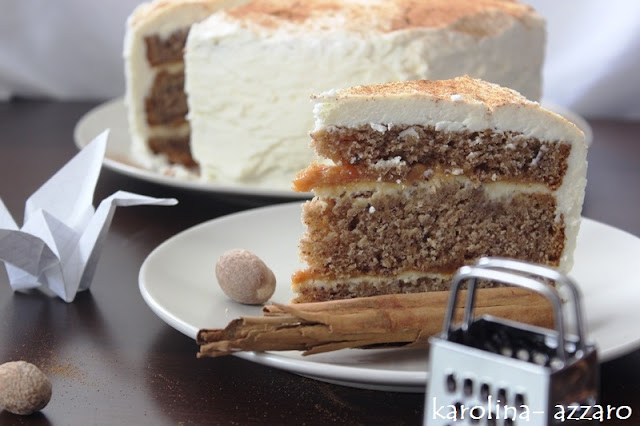 Lieskovcová torta s karamelom