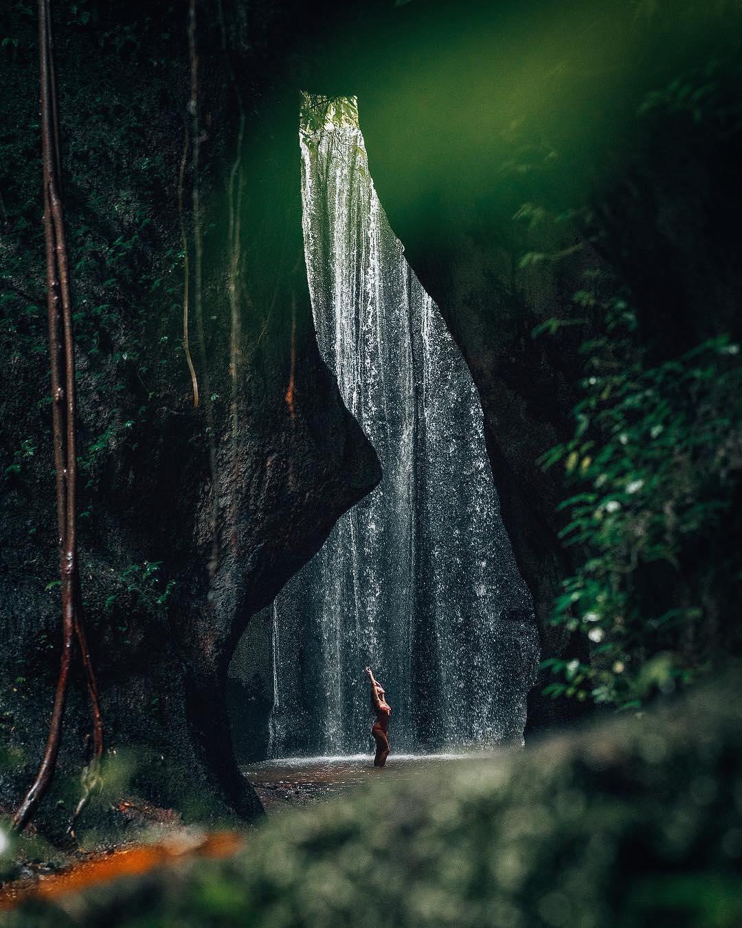 tukad-cepung-waterfall-bali