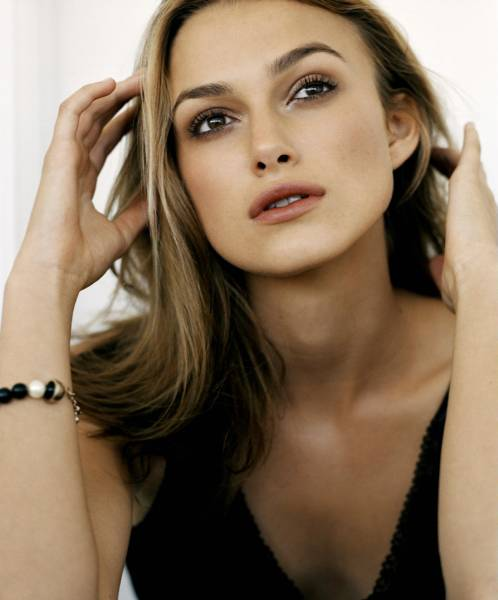 keira knightley 39 s long hairstyles hairstyles and haircuts. Black Bedroom Furniture Sets. Home Design Ideas