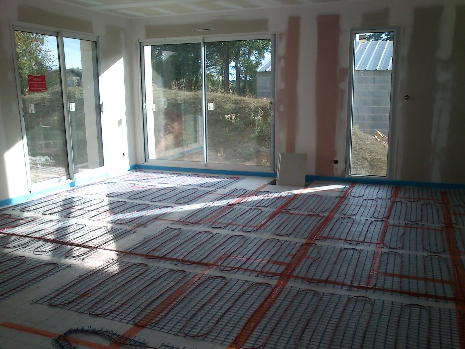 depreux construction r cit d 39 une construction en 2013 isolation au sol plancher chauffant. Black Bedroom Furniture Sets. Home Design Ideas