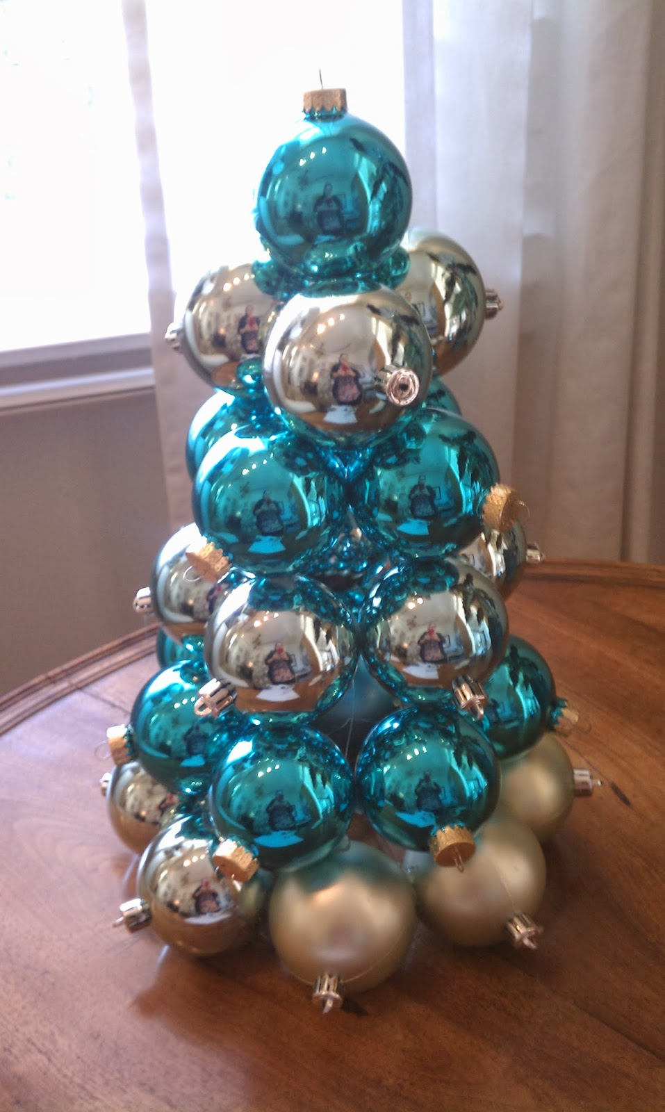 Nadia's DIY Projects: Recycling Old Ornaments - DIY ...