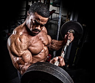 hitting the biceps and triceps