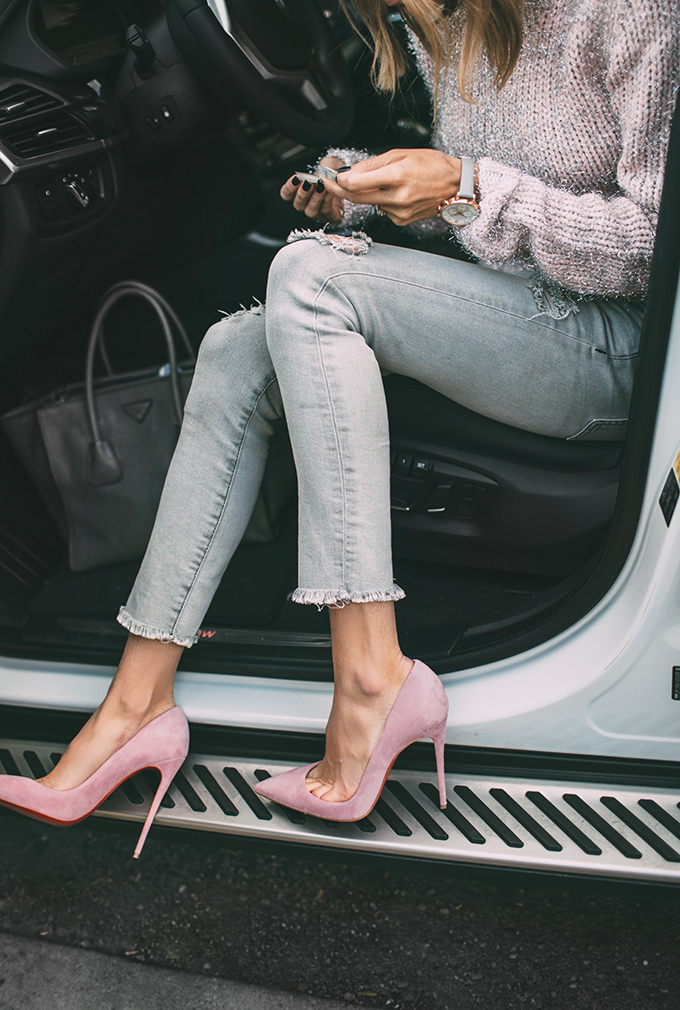 Hello Fashion - Grey Jeans, Prada Bag, Louboutin Pink Pumps