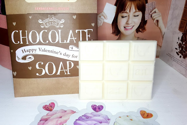 A;T_Fox_Gyoolpy_Tea_White_Chocolate_Soap