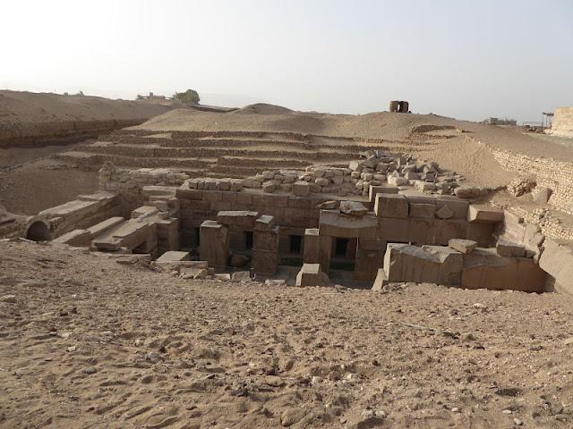 osireion dietro il tempio di abydos