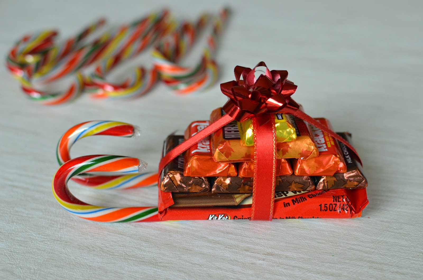 How To Make A Sleigh Out Of Candy Bars
