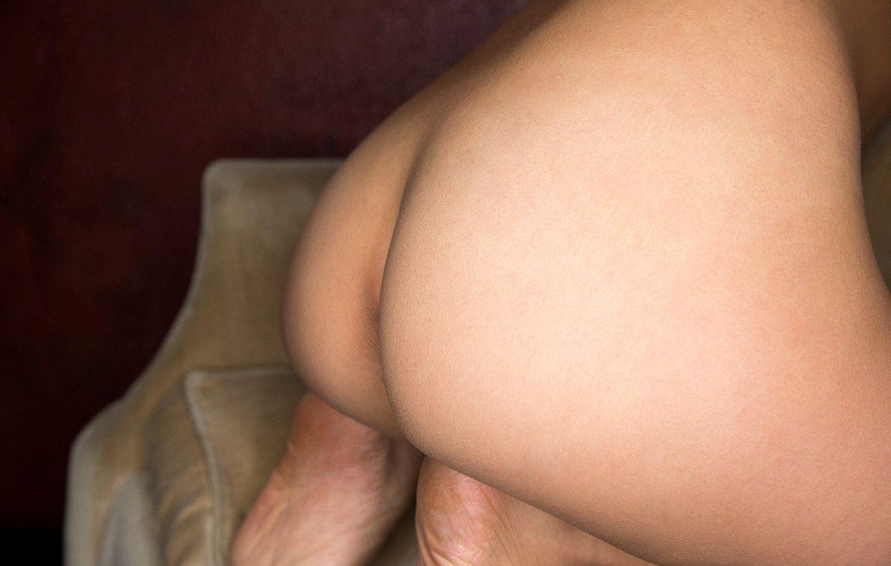 foto bugil artis bokep toket gede asal jepang minami manaka,cewek jepang payudara gede cantik dan seksi pose seksi sembari telanjang