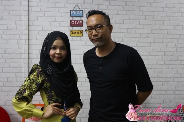 Bergambar bersama Tuan Wan Nong Muzafar
