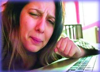 ফেসবুক চালু করতে ৯ হাজার কি.মি. পাড়ি ! Amazing Facebook Girl