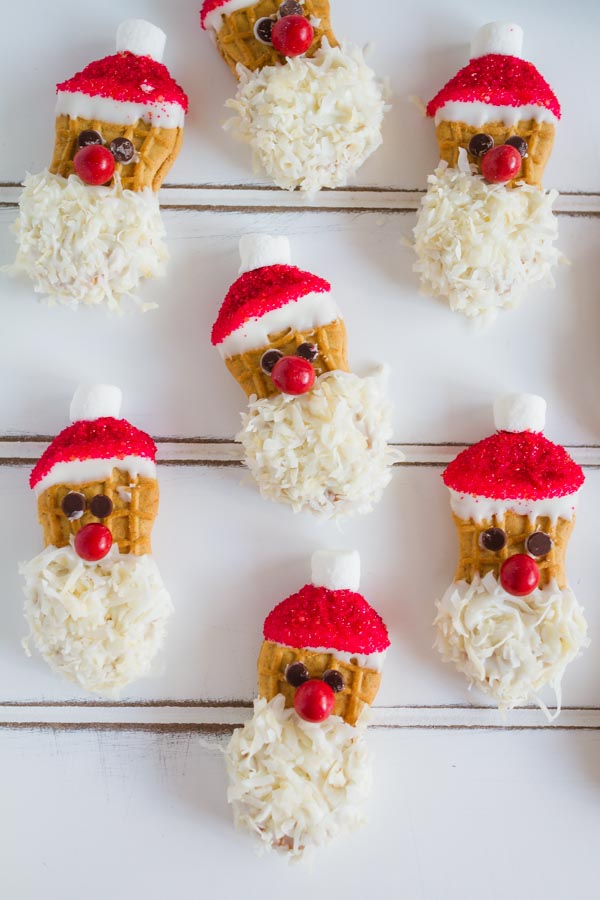 Adorable Santa Cookies!  So fun to make with the kids!  |  mynameissnickerdoodle.com