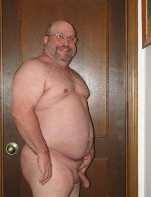 naked-beard-cutte-fat-dad