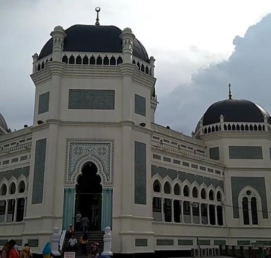 masjid raya medan wisata medan