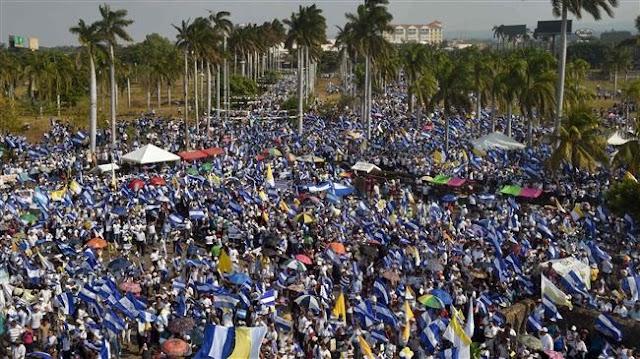 Thousands of Nicaraguans march for peace in Managua