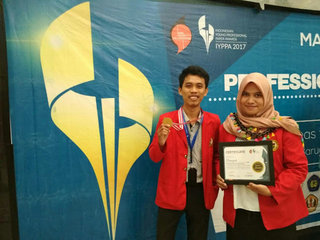 Farmasi Unhas Raih Gold Medal Lomba Indonesa Young Professional Paper Awards 2017