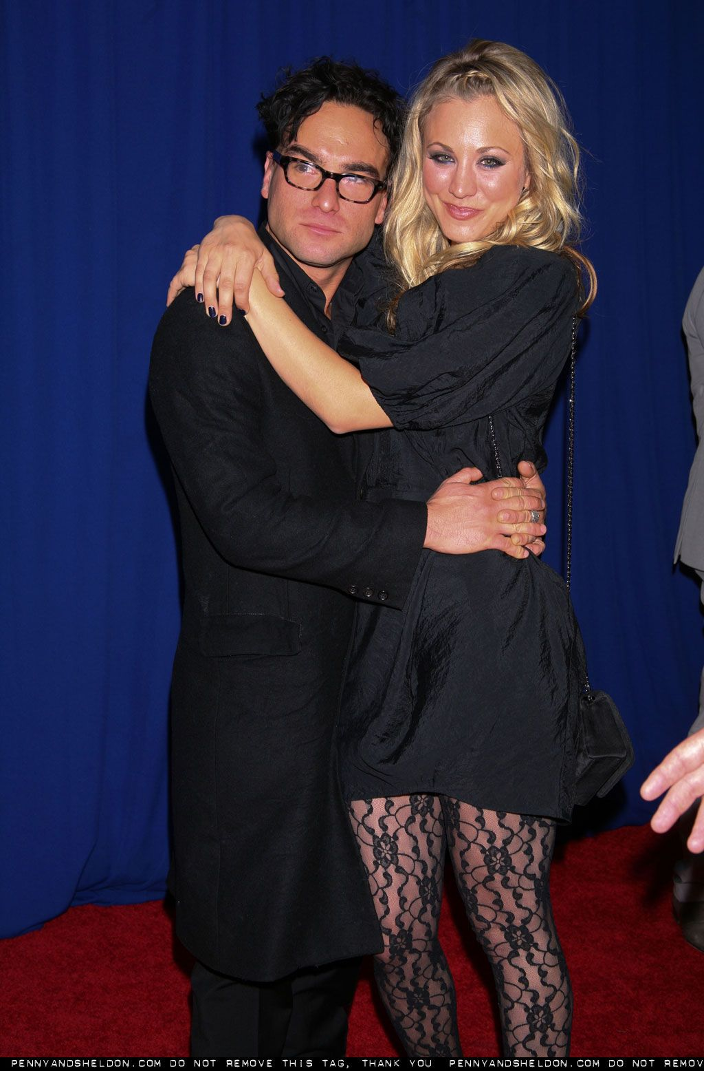 HOLLYWOOD ALL STARS: Kaley Cuoco and Her Boyfriend Johnny ...