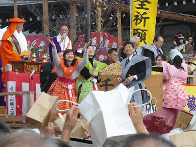 成田山節分祭 百田夏菜子 土村芳 豆まき