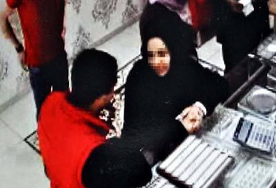 صحيفة تركية : تركي يتعرض للاحتيال على يد شابة سورية تزوجت منه ثم فرت بالذهب و المال و الملابس ! (صور) 121