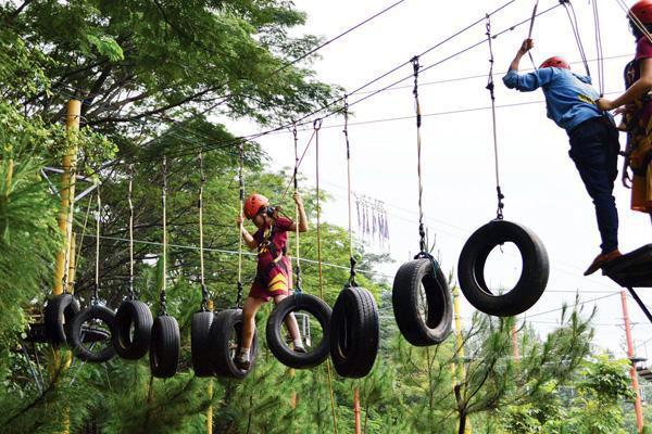 Kegiatan outbond di Taman Budaya Sentul Bogor