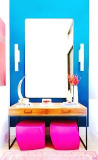 Desain Ruang Cermin  Sering berdandan di hadapan cermin?, desain ruang anda ini sehingga tampil sederhana dan nyaman. Kesan ramping akan membuatnya keren dengan menambah warna kesukaan kemudian memadukannya.