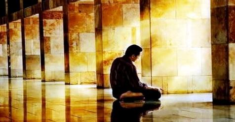 Cara Menghadirkan Hati dalam Shalat, Kiat Agar Bisa Shalat Dengan Khusyu'