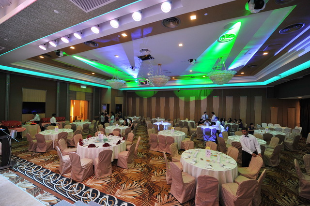Tropicana Golf and Country Resort's ballroom