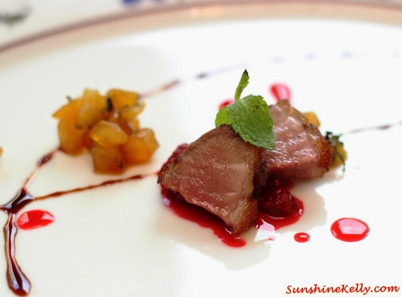 Smoked duck breast with caramelized apple, mint and berries coulisse, Italian Dining Experience, Santa Margherita Wine Dinner, Villa Danieli, sheraton imperial kl, food review, food wine pairing
