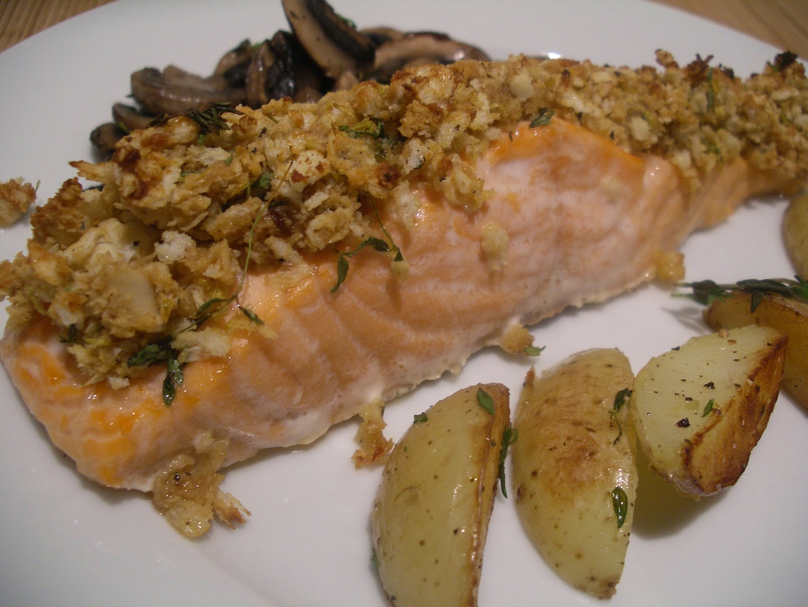 Oven- roasted salmon with a mustard and herbs crust