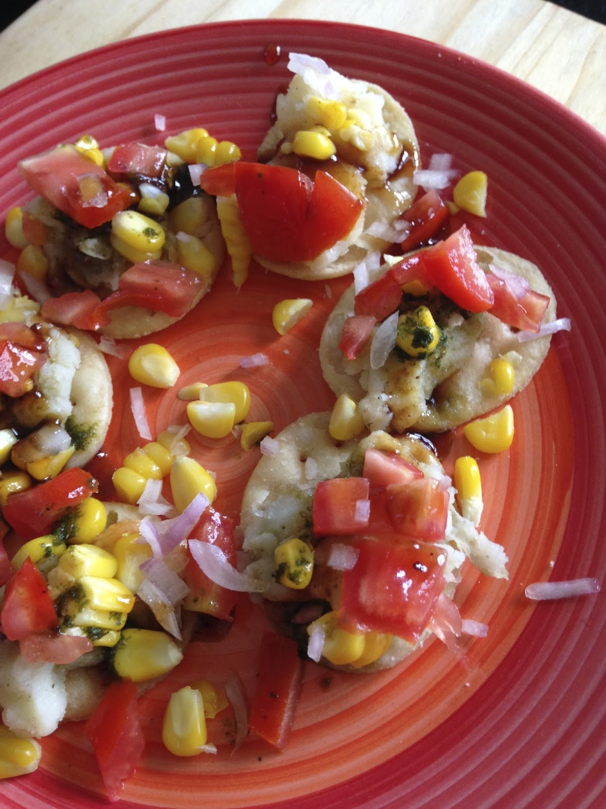 Sizzling tastebuds papdi corn chaat easy street food recipes papdi are small thin wafer like discs made mostly of all purpose or wholewheat or a combo and deep fried baked and can be used as canaps with various forumfinder Image collections