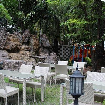 Review: Menikmati Makanan di Beirut Restaurant Bangkok