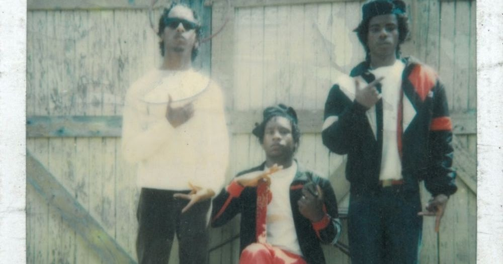 27 Amazing Vintage Polaroids of L.A. Street Gangs from the 1970s and 1980s