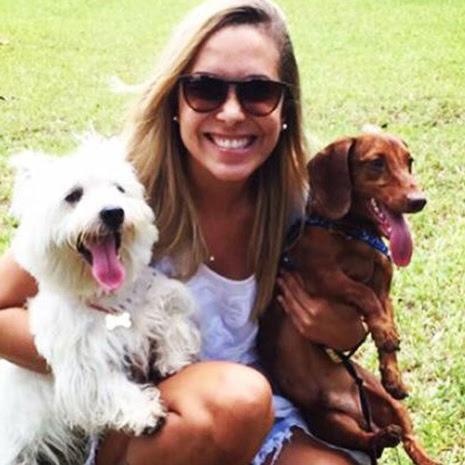 ►Jovem diz que amor por cachorros ajudou a superar  estado  depressivo/um amor incondicional aos cachorrinhos de estimação...