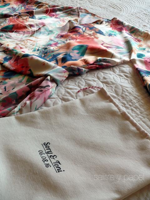 kimono y bolsa personalida hecho a mano