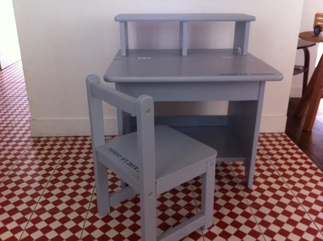 bureau enfant ans. Black Bedroom Furniture Sets. Home Design Ideas
