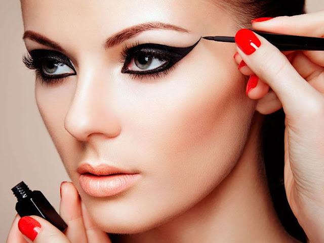 maquillaje ojos de gato