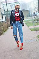 http://www.karyn.pl/2016/12/spodnie-z-wysokim-stanem-i-swiateczny.html