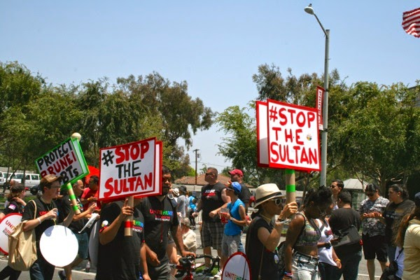 Anti Sultan of Brunei campaigners WeHo Pride Parade 2014