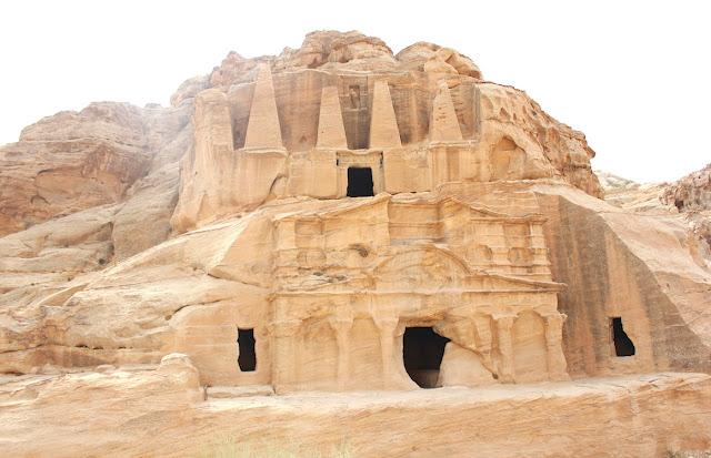 Tombe nabatee - foto di Elisa Chisana Hoshi