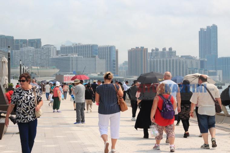 Prakiraan Cuaca: Hari ini Suhu di Hong Kong Capai 32,5 °C tercatat sebagai Suhu terpanas tahun ini