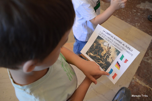Búsqueda tesoro museo louvre menuda tribu