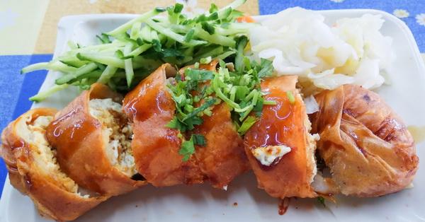 台中太平一品香素食春捲臭豆腐|麵線糊加臭豆腐,太平知名傳統小吃