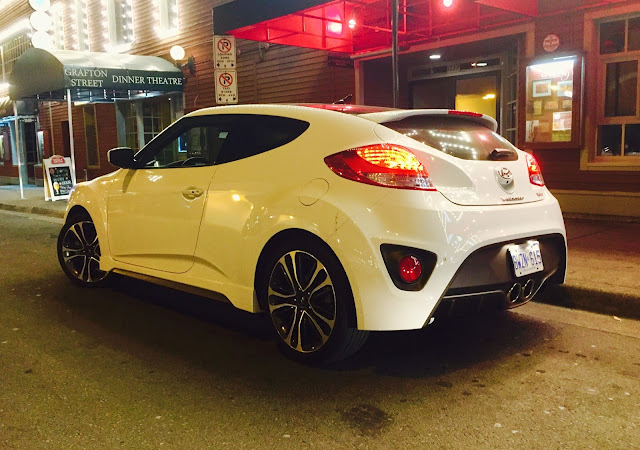 2016 Hyundai Veloster Turbo white rear
