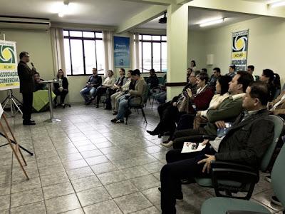 """""""Café com Negócios"""", promovido pela ACIAR e  Porto Seguro, apresenta o projeto """"Carro Fácil"""""""