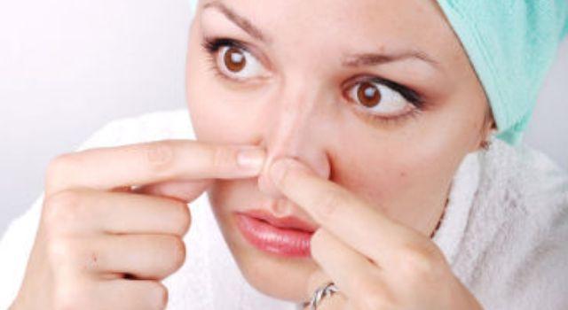 Langkah perawatan wajah berminyak dan berkomedo