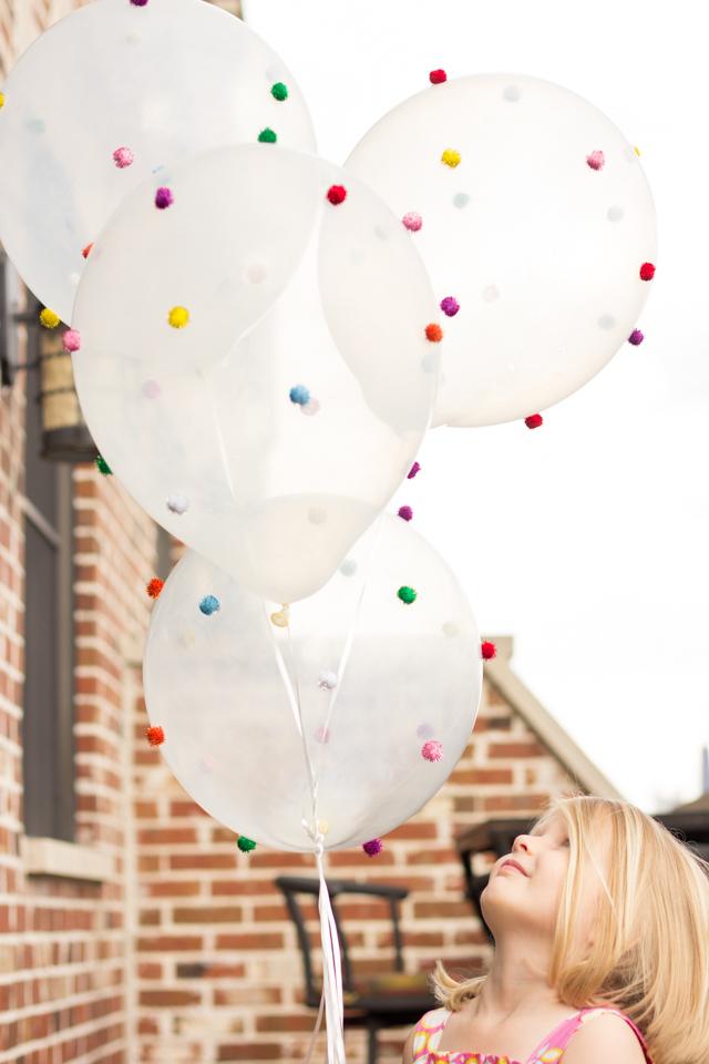 Pom pom crafts, pom pom balloons