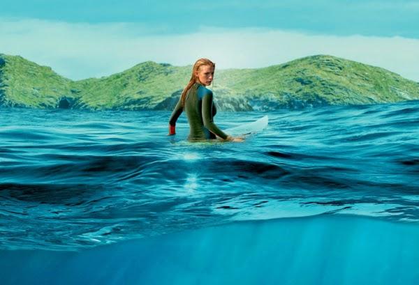 """Blake Lively vive momentos de tensão e luta por sua sobrevivência no trailer final de """"Águas Rasas"""". Confira!"""