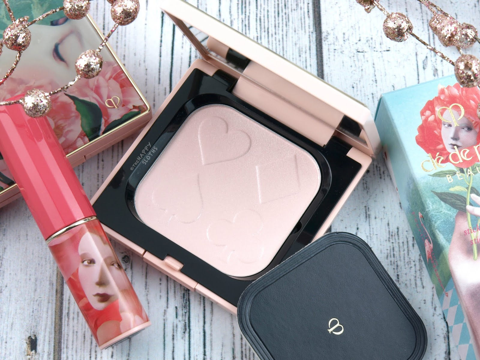 "Clé de Peau | Holiday 2018 Féeries d'Hiver Collection | Refining Pressed Powder in ""Pink Push Me"": Review and Swatches"