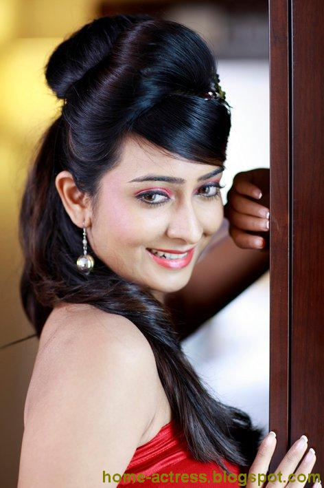 Home-Actressblogspotcom Radhika Pandit-5321