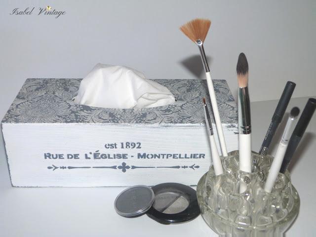 caja-pañuelos-estarcido-relieve