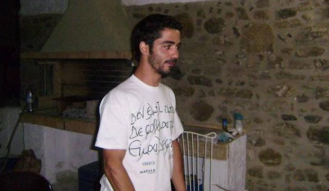 """""""Έφυγε"""" από τη ζωή ο Κώστας Παπαδάκης την ώρα που βρισκόταν σε φιλικό σπίτι"""