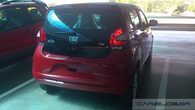 Novo Fiat Mobi Like 2017 - traseiroa